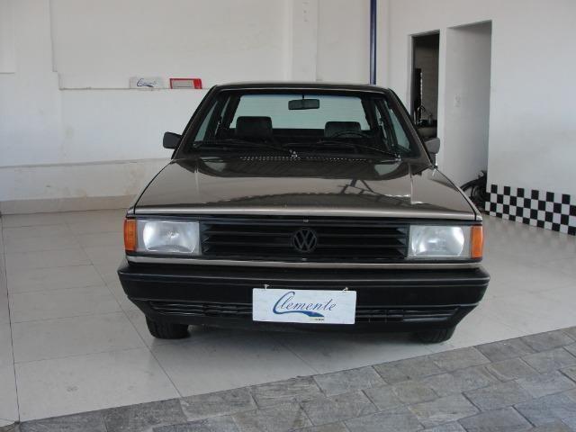 Vw - Volkswagen Voyage ( Placa Preta ) - Foto 2