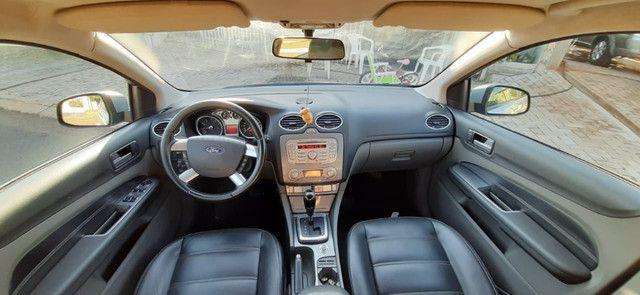 Vendo ford focus hatch 2.0 aut. flex - Foto 10