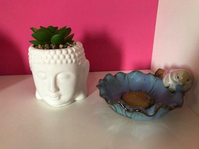 Bandeja espelhada e enfeites de porcelana - Foto 6