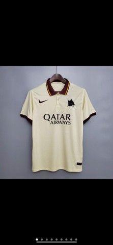 Camisetas da Roma e Seleção