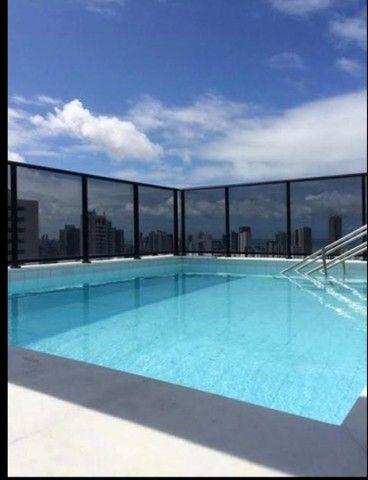Perfeito flat com piscina ótima localização