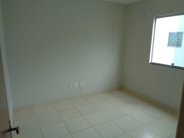Apartamento com 2 quartos, 60 m², aluguel por R$ 880/mês - Foto 7