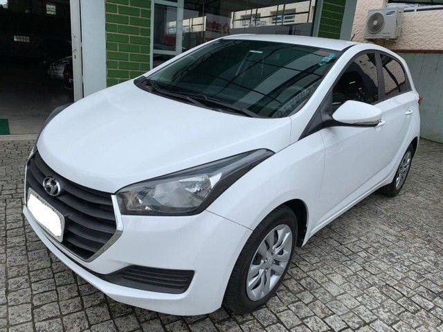 HB20 Hatch 1.6 Confort automático branco (A/G) 2016