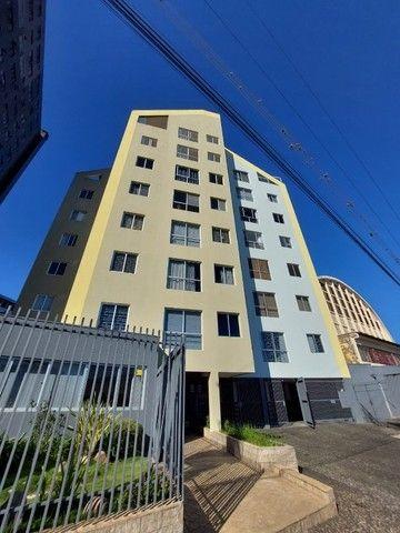 Apartamento central, 2 quartos, garagem, elevador - R$ 250.000,00