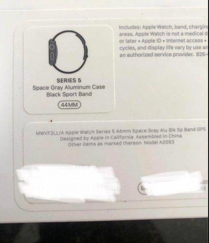 Apple Watch série 5 44mm perfeito estado - Foto 4