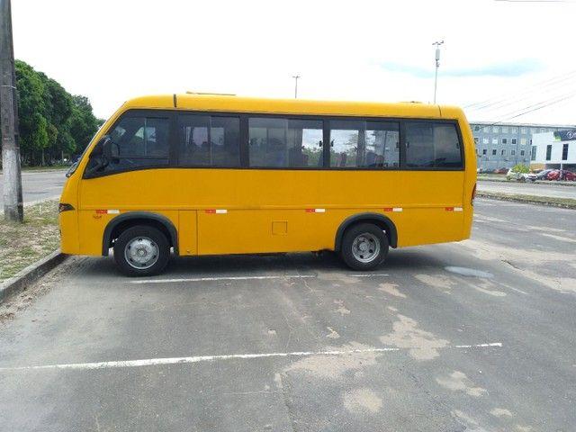 Micro ônibus volare v8 on com ar condicionado  - Foto 12