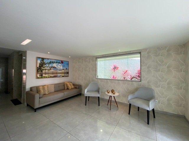 Excelente apê de 2 quartos e 2 vagas cobertas no Espinheiro - Foto 9