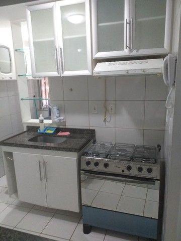 Alugo um Apartamento com Mobília Completa. - Foto 7