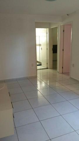 Apartamento no Condomínio Residencial Iracema- Serraria