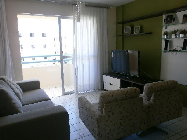 Apartamento Mobiliado em Nova Parnamirim, Rua Petra Kelly. Condomínio Fechado