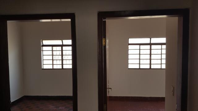 Aluga se Casa com mais de 100 m2 bairro Amambaí