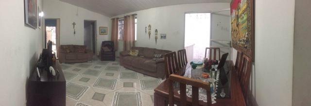 Aluga-se casa Nascente com dois quartos na Ribeira