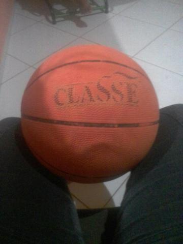 13befcea6 Bola de basquete toda filé nome classe - Esportes e ginástica ...