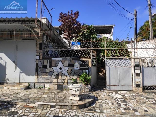 3 Casas mais 1 Loja ( Ao lado do Bar do Lilico )