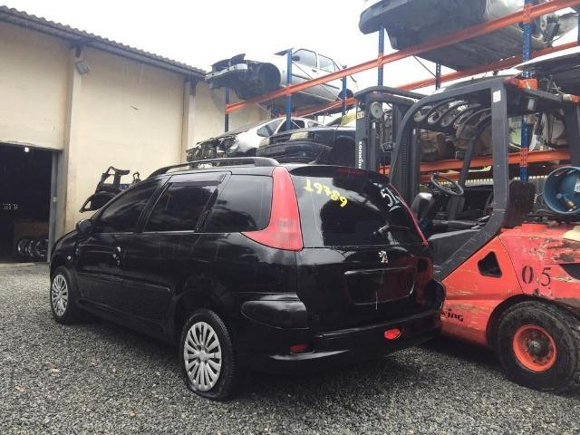 Sucata Peugeot 206 SW, apenas para retirada de peças - Foto 4