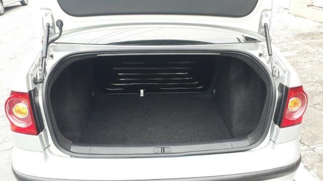 Volkswagen Polo 1.6 Vht Total Flex I-motion 5p - Foto 15