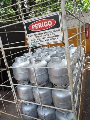 Depósito de gas e agua mineral região do urias Magalhães - Foto 2
