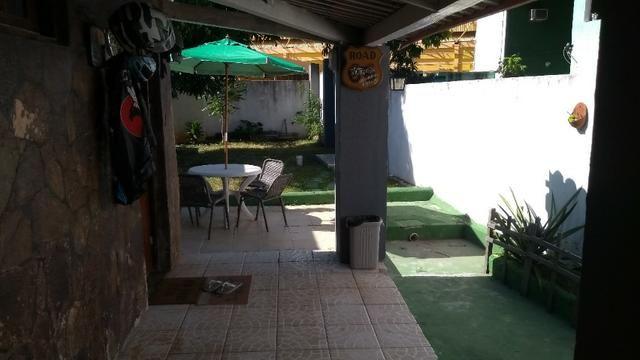 Casa com quintal em Itapuã em Excelente localização!(Veja o vídeo no Youtube!) - Foto 11