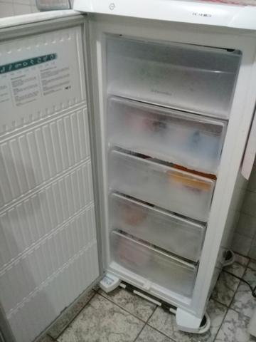 Freezer vertical Eletrolux - Foto 3