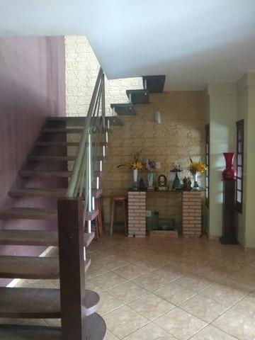 Casa com dois pavimentos em Arquitetura Rústica - Foto 5