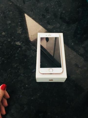 IPhone 6s a vista 800 e no cartão 900