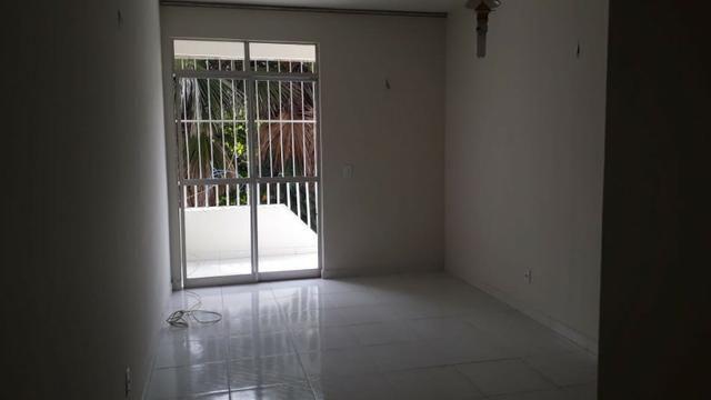 Vende-se Apartamento Parque Residencial Vinhais no bairro Cohafuma,