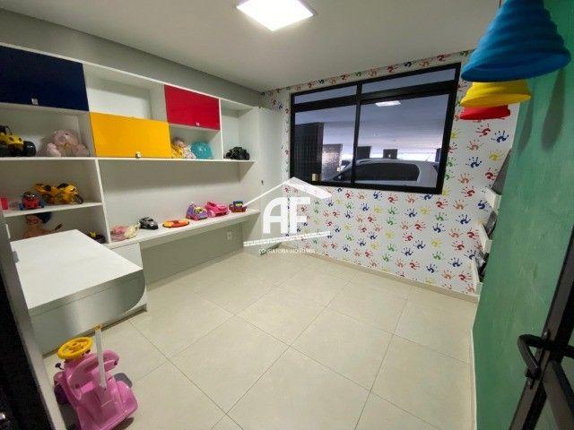 Apartamento com 3 quartos no Farol - Prédio com área de lazer completa - Foto 15