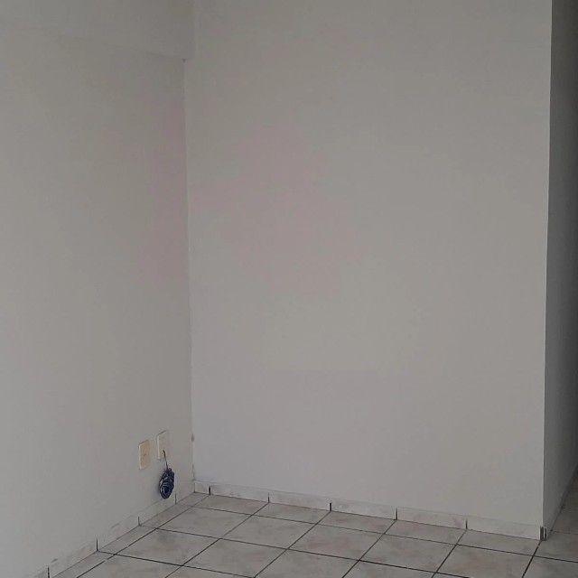 A.B -Casa.2/4 Pau Miúdo Bem Arejada Entrada R$ 7.150,00