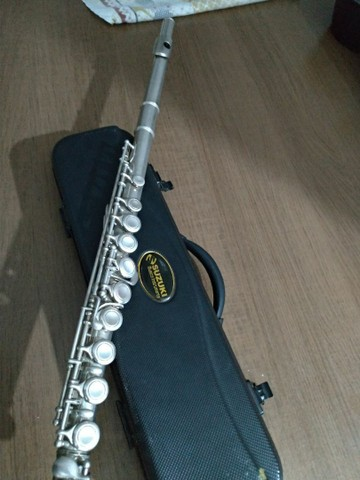 Flauta Transversal Suzuki
