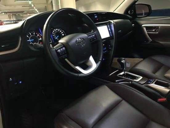 Hilux SW4 2.8 SRX 4x4 7 Lugar 16v Turbo Diesel AT - Foto 6