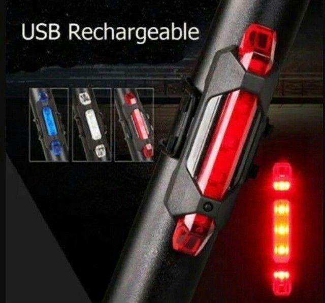 Sinalizador traseiro para bicicleta recarregável via USB