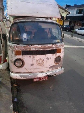 Kombi tipo Food Truck esta em um ótimo estado com um bom preço Leia á Descrição