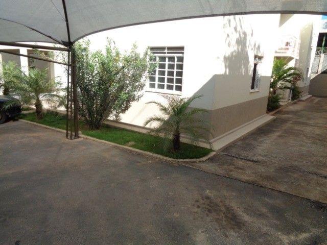 Apartamento com 3 quartos, 70 m², aluguel por R$ 800/mês - Foto 15