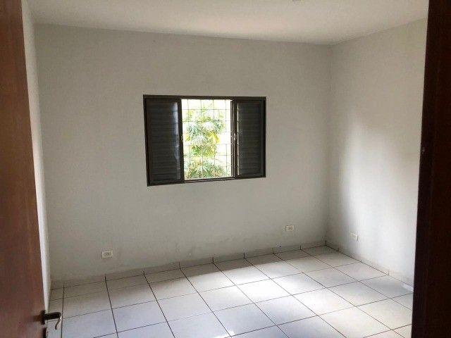 Linda Casa Condomínio Rita Vieira são 2 Suítes + 1 Quarto - Foto 9