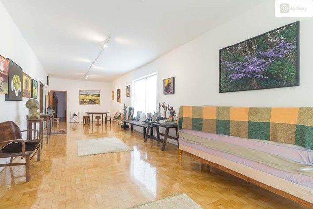 Casa com 868m² e 7 quartos - Foto 11