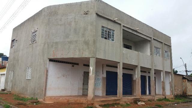Troco por Gado/casa ou vendo prédio 2 andares no Buritis III, em Planaltina DF