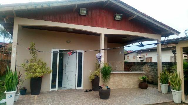 Vendo casa bem localizada no zerão entre as duas principais