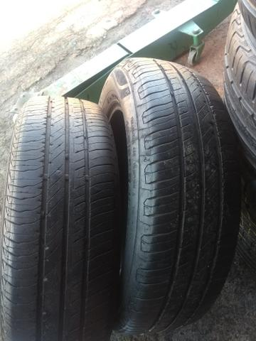 Par de pneus 185/65/15 continental