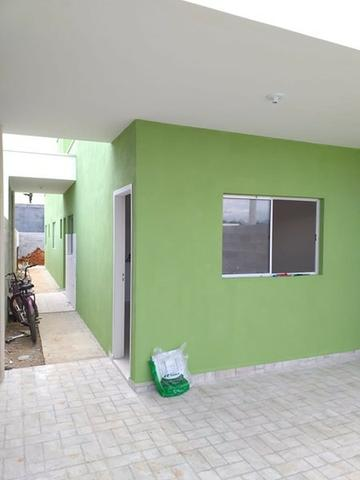 Vende || Casa Nova no Golfinhos || 02 dormitórios || Preço Especial || 190 mil