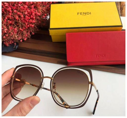 1d1e89249 Óculos de marcas famosas com preços imperdíveis - Bijouterias ...