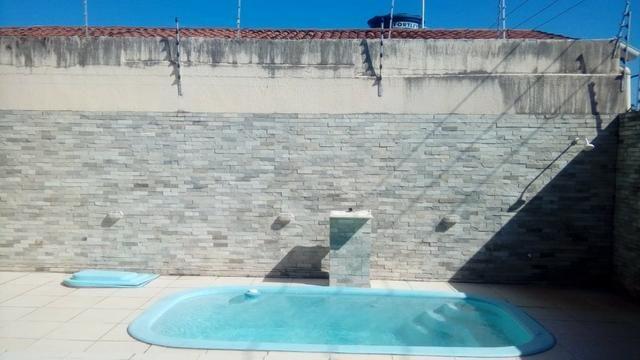 Casa para venda tem 300 metros quadrados com 4 quartos em Nova Parnamirim - Parnamirim - R