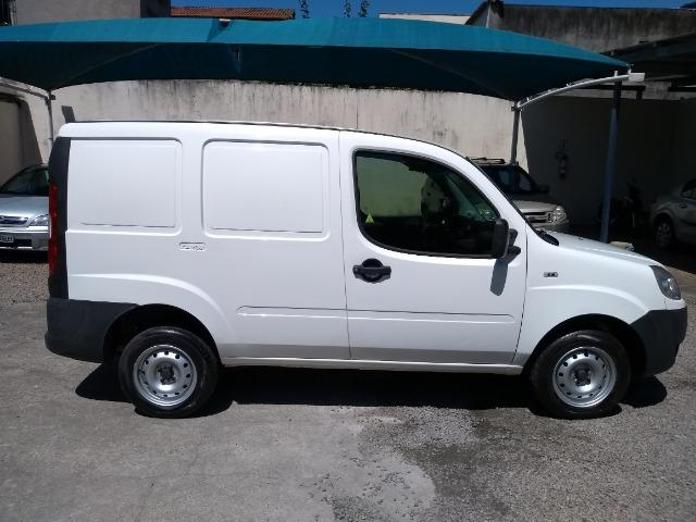 FIAT \ Doblô Cargo 1.8 16V Furgão