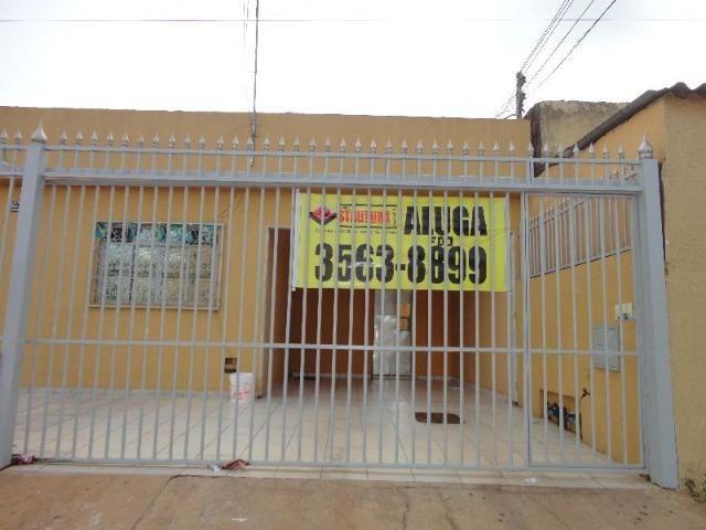 QNM 09 Casa de frente, próximo ao centro administrativo Taguatinga