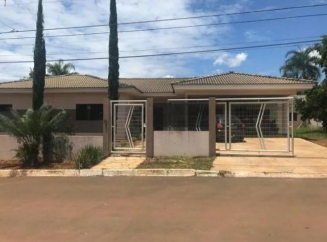 Casa luxuosa com 04 quartos, Cond. Ipanema