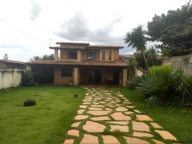 Casa com dois pavimentos em Arquitetura Rústica - Foto 19