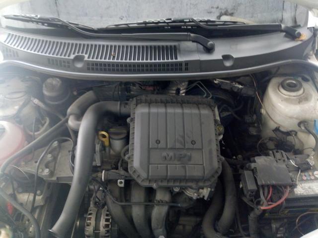 Volkswagen Voyage G7 1.0 - Foto 8