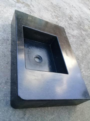 Pia de mármore medindo 59 por 40 .valor 300 reais