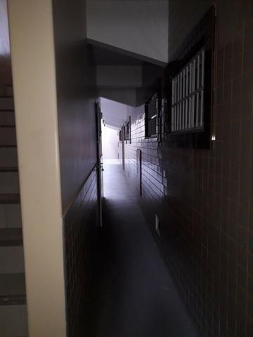 Aptos na R: Hugo Victor n°431, Antonio Bezerra, 2 quartos, sala, cozinha, e 1 banheiro - Foto 2