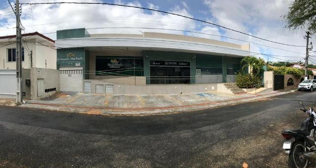 Sala comercial no Centro Empresarial Fernanda Machado, Bairro Suissa