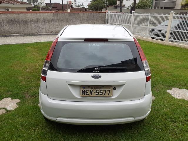 Ford Fiesta 2009 1.0 Flex - Foto 4